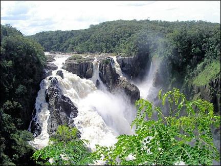 Водопады Бэррон